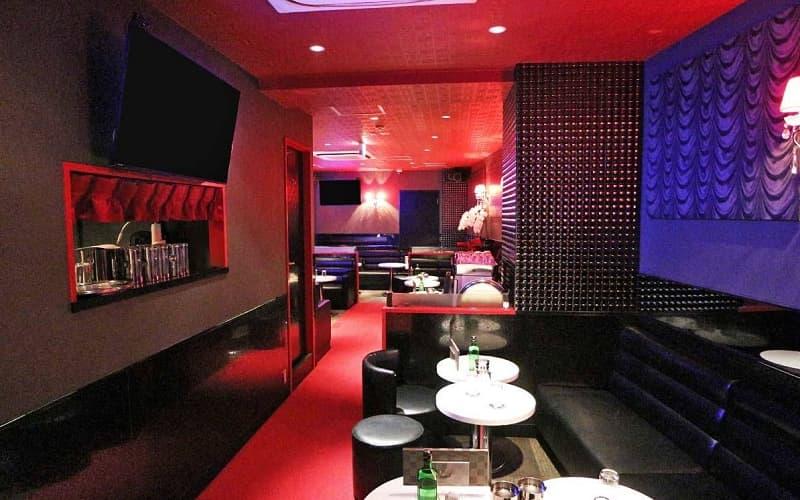 Pub Club io(イオ)